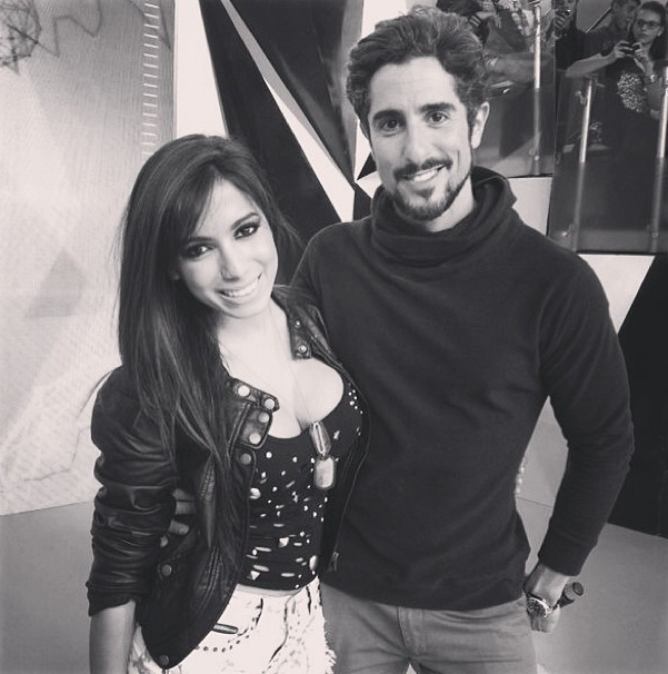 Anitta tieta o apresentador Marcos Mion