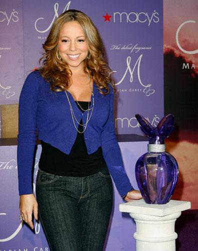No lançamento do seu perfume M, em 2007.