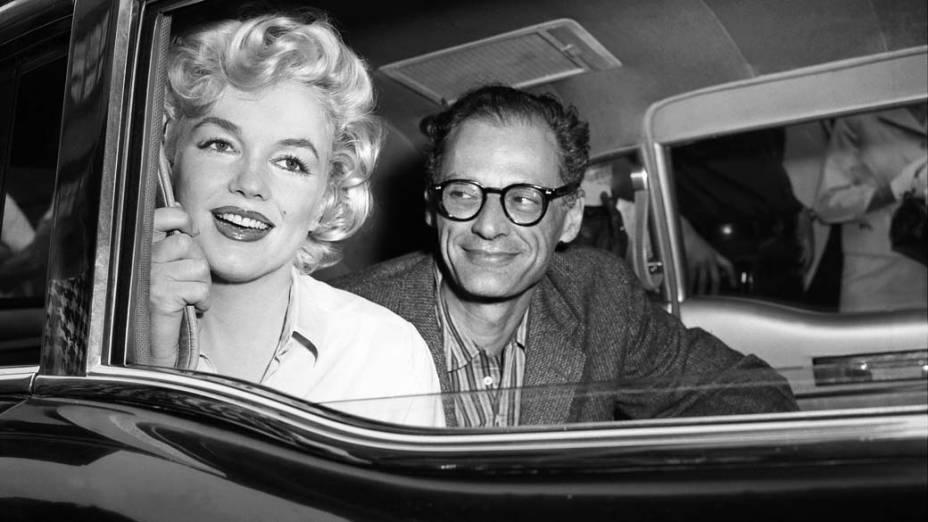 Marilyn Monroe e Arthur Miller com quem foi casada por 5 anos em 1959