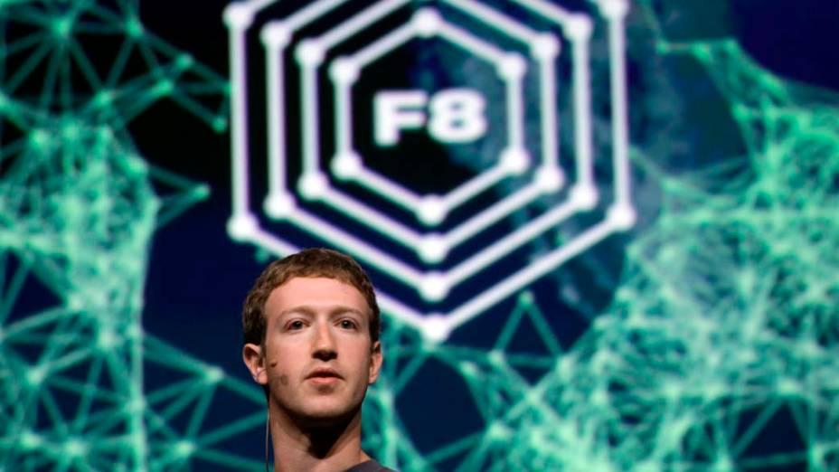 Como de costume, Mark Zuckerberg abre o F8, conferência do Facebook realizada em dezembro de 2011