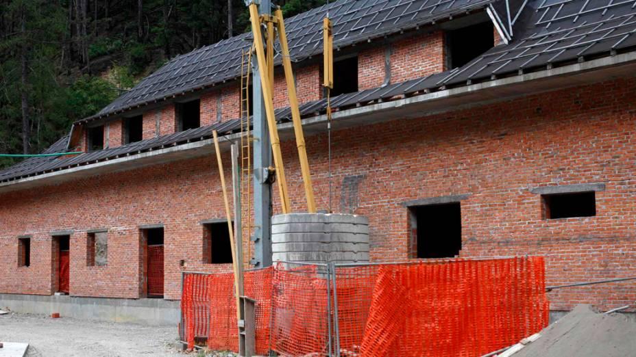 Em 2012, região onde funcionava antigo café no período do massacre de Srebrenica, na Bósnia-Herzegóvina