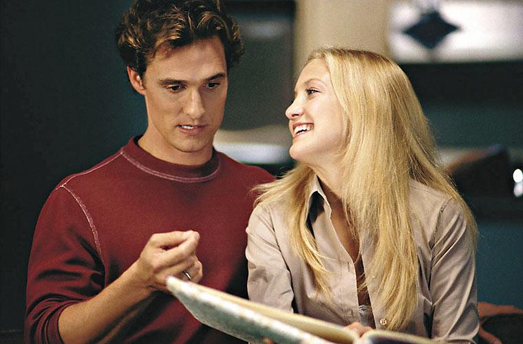 Com Kate Hudson na comédia romântica <em>Como Perder um Homem em 10 Dias</em>, de Donald Petrie, em 2003.