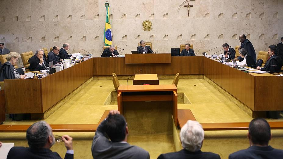 Ministros do Supremo Tribunal Federal (STF) durante sessão do julgamento do mensalão, em 13/09/2012
