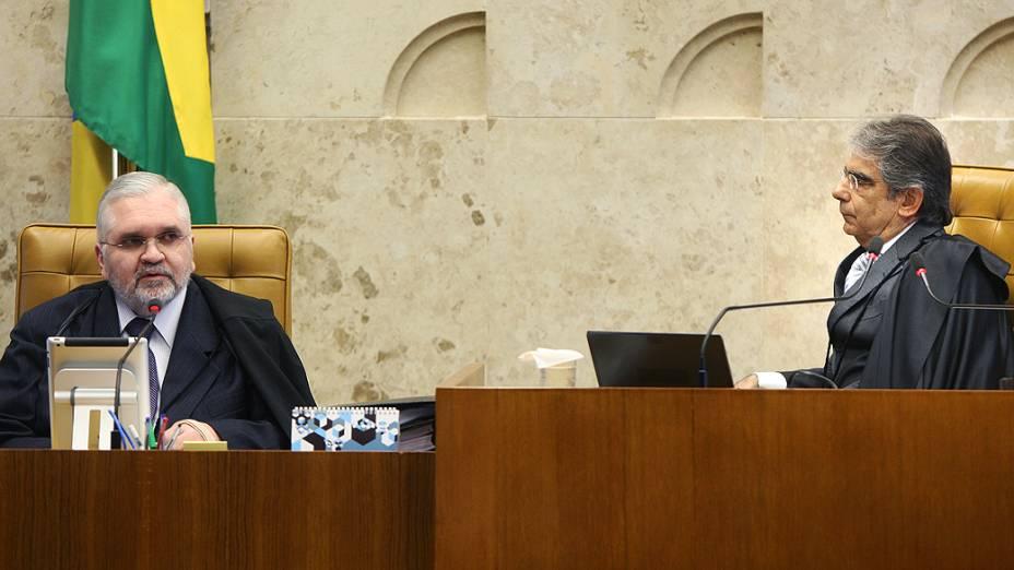 Procurador-geral da República, Roberto Gurgel, apresenta seus argumentos de acusação no julgamento da AP 470