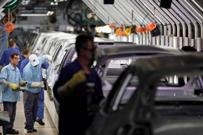 metalurgica-linha-montagem-automovel-ford-20120615-28-original-1.jpeg