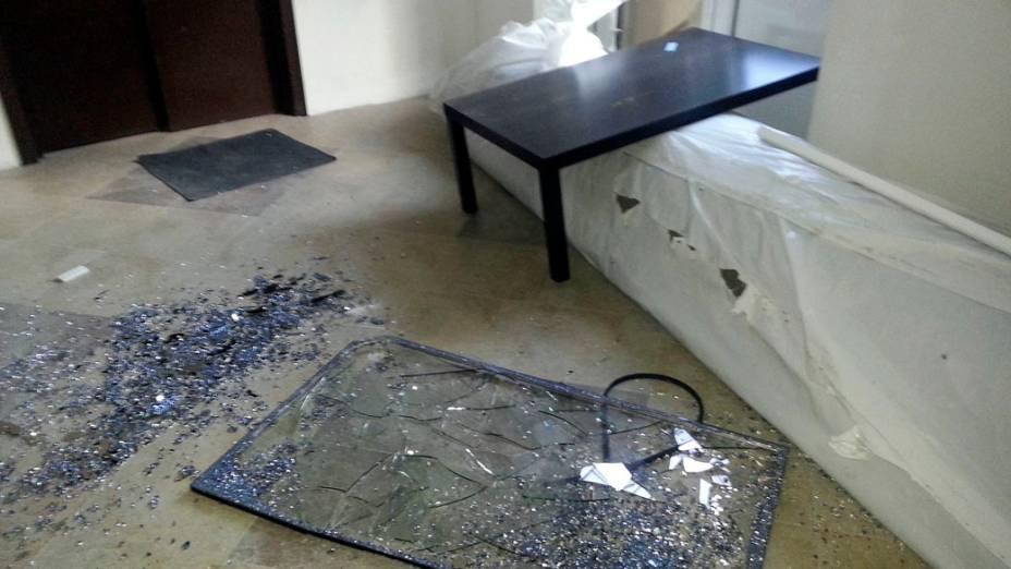 <p>Estragos causado pela queda de meteorito na Rússia</p>