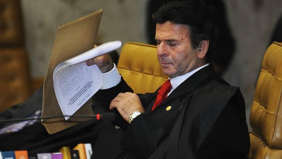 Ministro Luiz Fux durante o julgamento do mensalão, em 04/10/2012