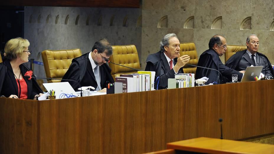 Ministros do Supremo Tribunal Federal (STF) durante sessão do julgamento do mensalão, em 15/10/2012