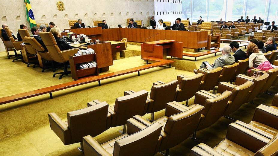 Ministros do Supremo Tribunal Federal (STF) durante sessão do julgamento do mensalão, em 01/10/2012