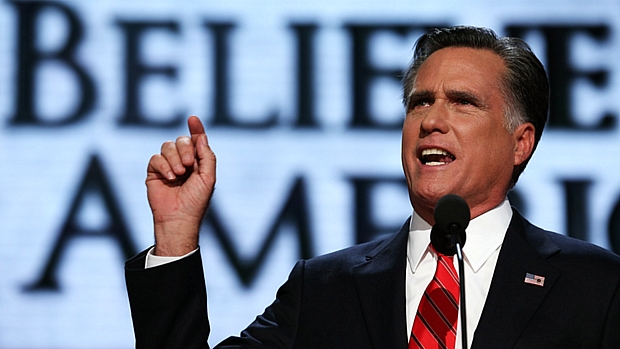 Mitt Romney discursa na Convenção Republicana, no dia 30 de agosto, e aceita formalmente a indicação do partido para concorrer à Presidência dos EUA