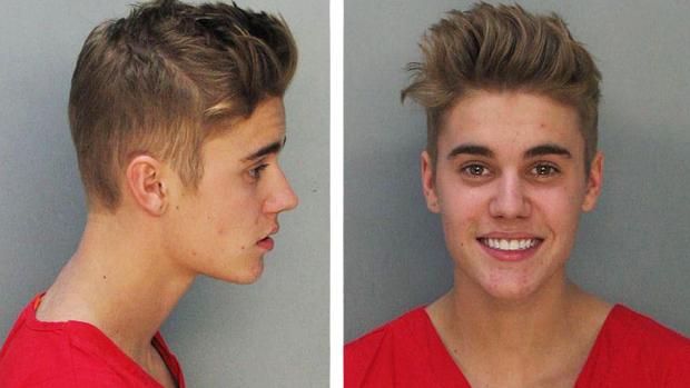 <p>Justin Bieber no momento da prisão, em Miami</p>
