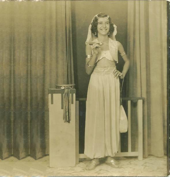 Marília Pêra no Carnaval de 1951