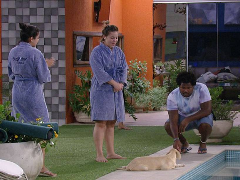 Munik, Cacau, Ronan e Luna, a cachorrinha do BBB16