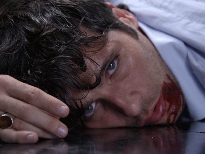 Murilo (Bruno Gagliasso) é morto em Babilônia