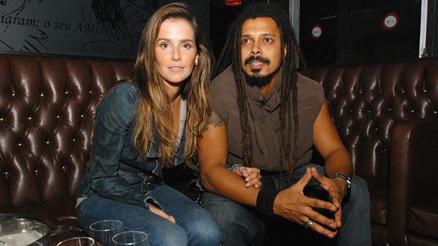 Deborah Secco e Marcelo Falcão na Festa da Ellus, na Boate Royal