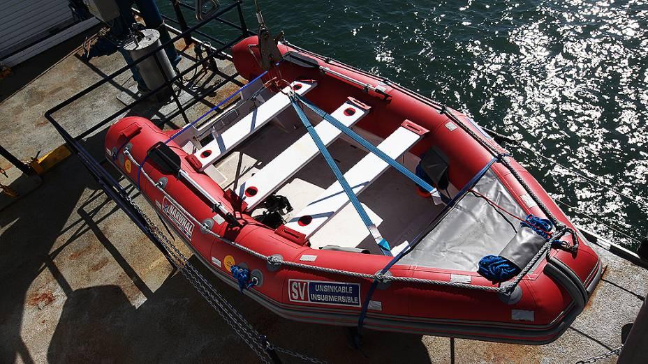 Bote salva-vidas do navio Alpha Crucis