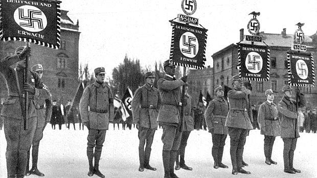 Defensores do nazismo em Munique, em janeiro de 1923