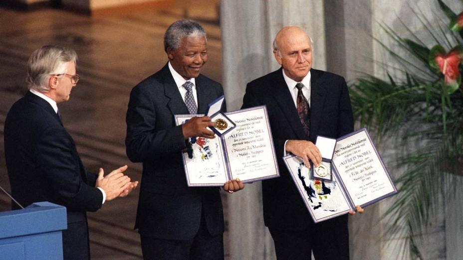 1993 - Nelson Mandela durante a entrega do prêmio Nobel da Paz