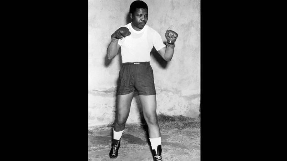 1952 - Nelson Mandela treinando boxe