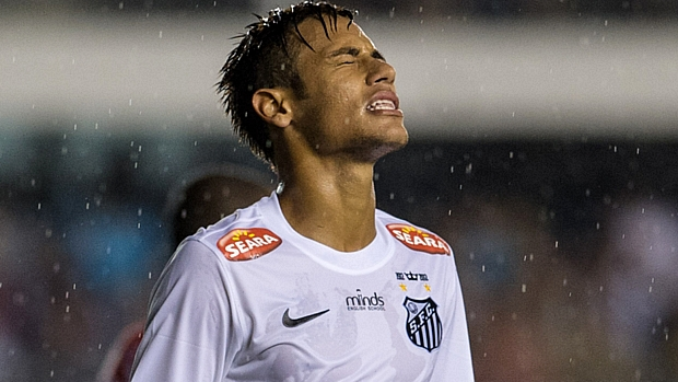 Com Neymar em campo, Santos empatou com o Joinville em 0 a 0