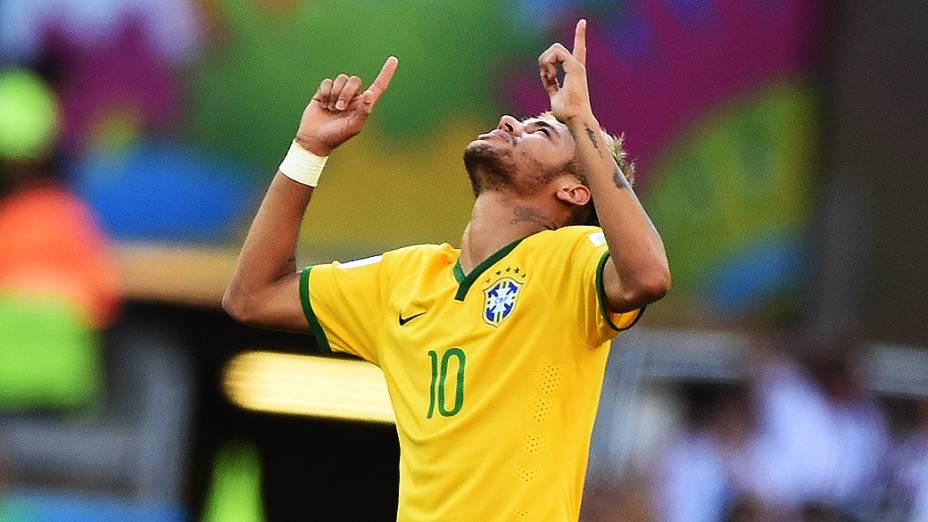 Neymar durante a cobrança de pênaltis em Minas Gerais