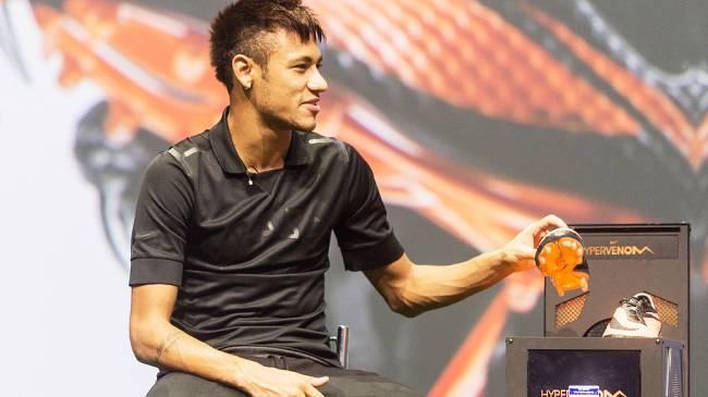 Neymar apresenta suas novas chuterias de futebol no Rio de Janeiro,