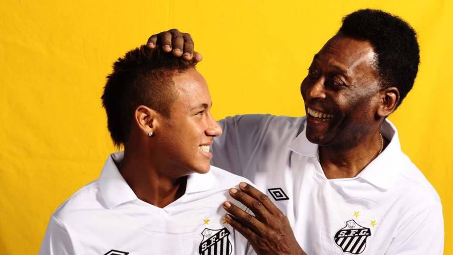 Neymar e Pelé em ensaio de capa para a edição de aniversário dos 40 anos da revista Placar, 2010