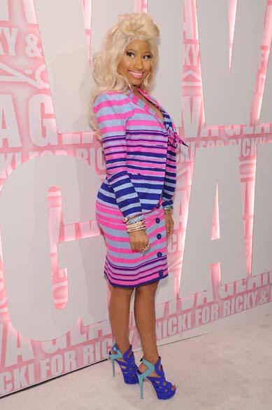 Nicki Minaj ao chegar em festa de marca de maquiagem em Nova York, em 2012