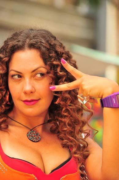 Olenka (Fabiula Nascimento) durante gravações da novela Avenida Brasil