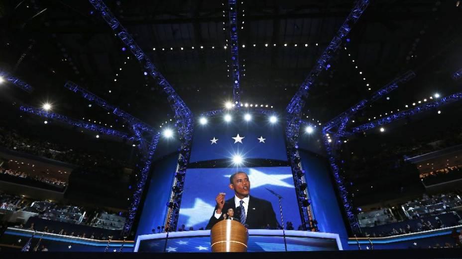 Mais de 20.000 pessoas acompanharam de perto o discurso de Obama na convenção democrata
