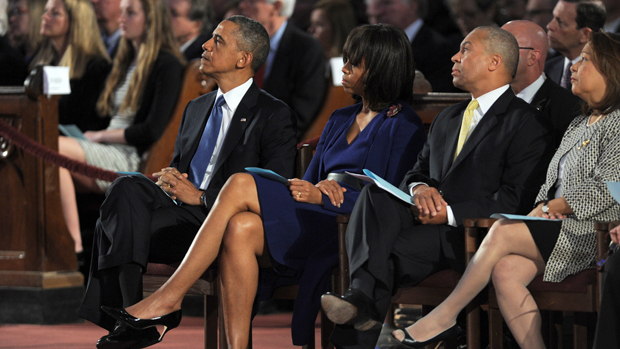 Barack Obama durante homenagem às vítimas do atentado a bomba que matou ao menos três pessoas e deixou mais de 170 feridos na maratona de Boston