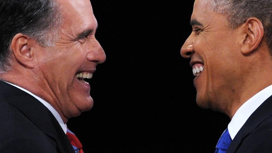 Candidatos à Presidência dos EUA, Barack Obama e Mitt Romney, participam do último debate na TV antes das eleições