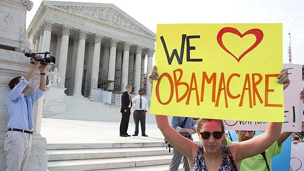 Trump enters U.S. Supreme Court against Obamacare