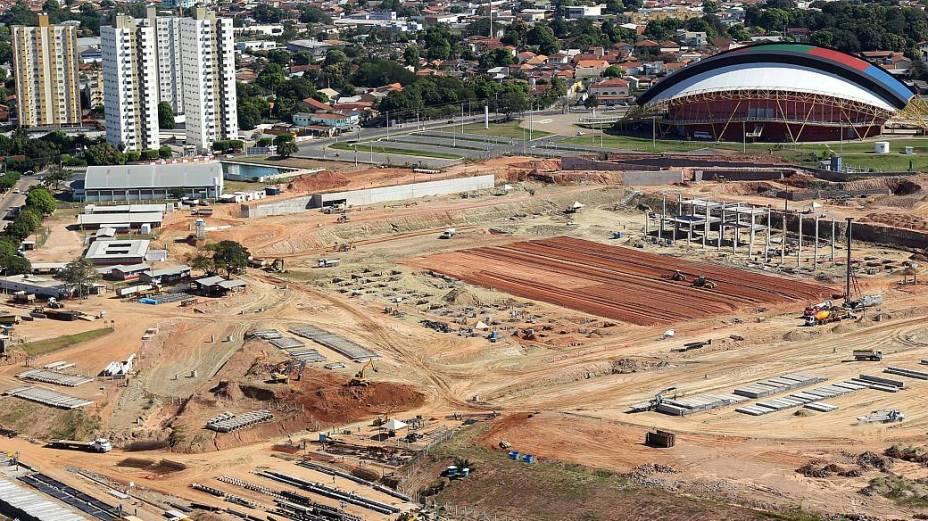 Obras do Arena Pantanal, em Cuiabá, para a Copa do Mundo de 2014