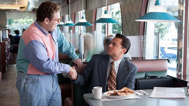<p>Os atores Jonah Hill e Leonardo DiCaprio em cena do filme O Lobo de Wall Street</p>