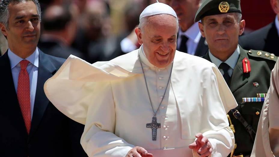 Papa Francisco desembarca na Jordânia para visita de três dias