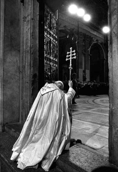 1983 – Papa João Paulo II na Basílica de São Pedro, no Vaticano