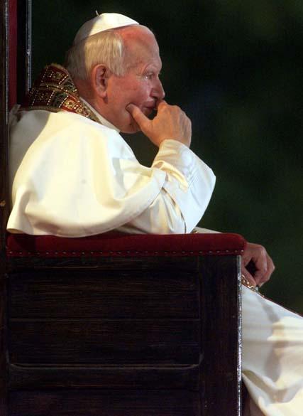1998 - Papa João Paulo II no Santuário de Nossa Senhora na Croácia