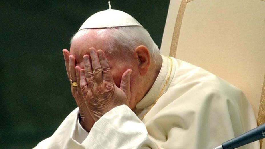 2002 – Papa João Paulo II no Vaticano