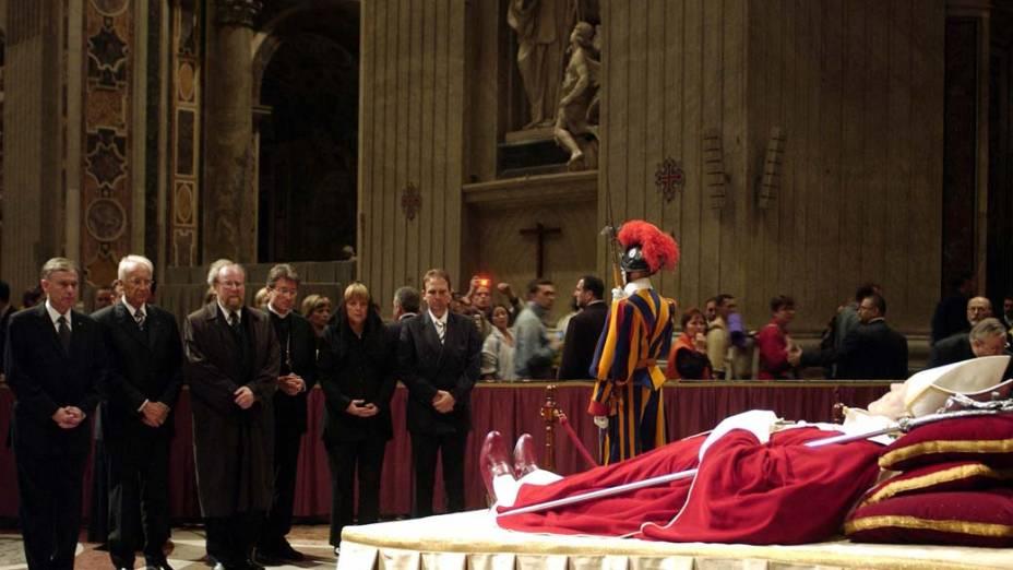 2005 – Funeral do Papa João Paulo II no Vaticano