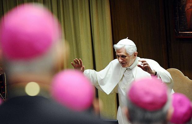 Papa Bento XVI fala sobre a crise da Igreja durante Assembleia Geral da Conferência Episcopal Italiana