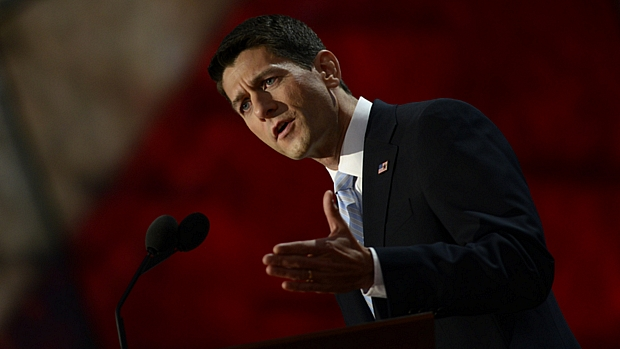 Os Estados Unidos precisam mudar de rumo, afirmou Paul Ryan ao aceitar a nomeação como vice de Romney na chapa republicana