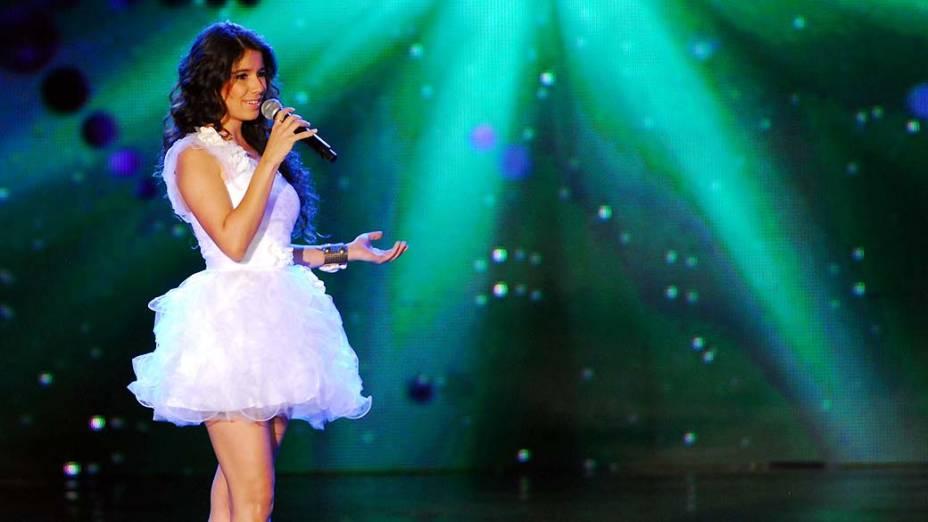 Paula Fernandes durante Show da Virada em 2010