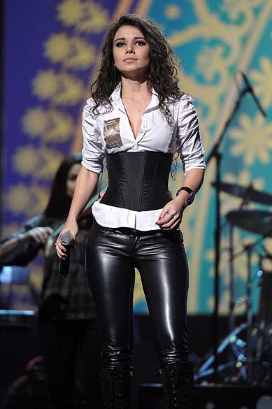 Paula Fernandes no Grammy Latino em 2011