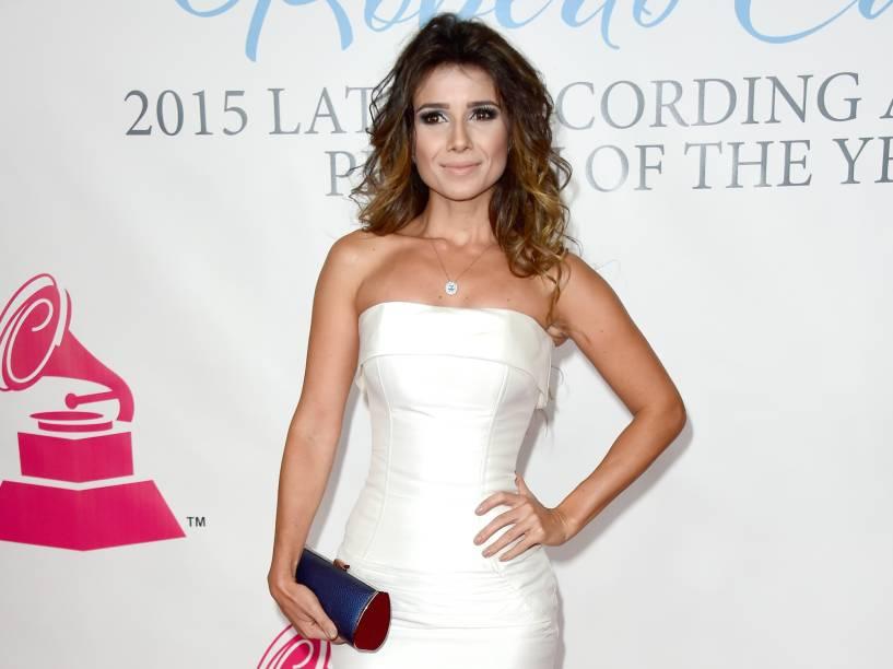 Paula Fernandes participa de evento do Grammy Latino 2015