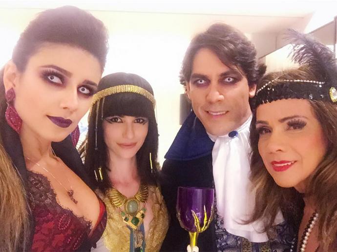 Paula Fernandes como vampira