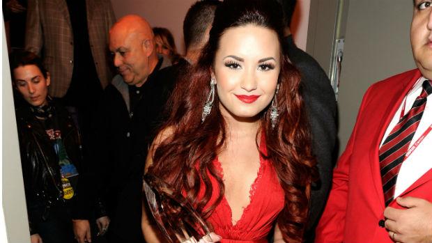 Demi Lovato no Peoples Choice Awards, em 2012