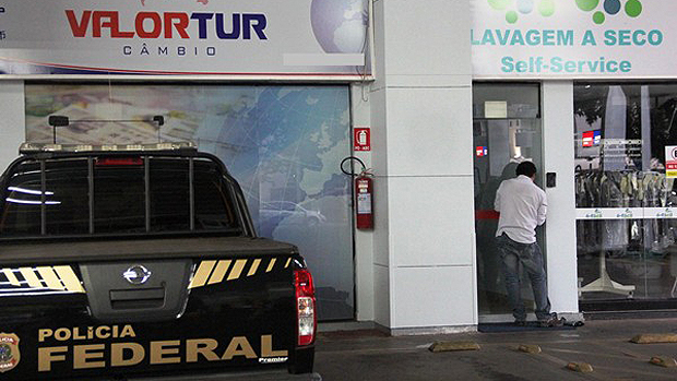 Investigados usavam uma rede de lavanderias e postos de combustível para lavar o dinheiro