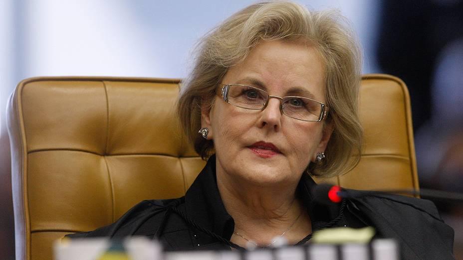 Ministra Rosa Weber do Supremo Tribunal Federal (STF), durante análise dos recursos apresentados pelas defesas dos 25 réus condenados pela corte, os chamados embargos, nesta quarta-feira (21