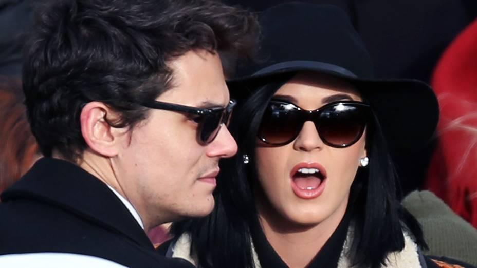 A cantora Katy Perry e seu namorado John Mayer, comparecem à cerimônia de posse no 2º mandato de Barack Obama